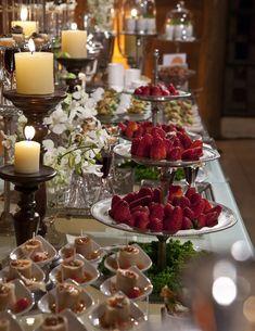 Casa de Valentina; decoração; casamento; buffet; mesa de doces
