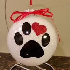 These beautiful personalized glittered pet ornaments are flat disc shape and., DIY and Crafts, These beautiful personalized glittered pet ornaments are flat disc shape and will be loved by all. Each ornament is hand glittered in your choice . Vinyl Ornaments, Glitter Ornaments, Painted Ornaments, Diy Christmas Ornaments, Christmas Projects, Holiday Crafts, Christmas Bulbs, Christmas Decorations, Ornaments Ideas
