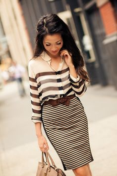 17f26120ce 10 Styles Showcasing Classy  amp  Sassy Stripes Trend Fashion