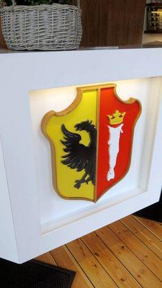 Crest in oak and corian for Hanseatic museum, Bergen Norway Corian, Ferrari Logo, Bat Signal, Bergen, Superhero Logos, Museum, Art, Style, Craft Art