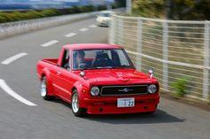 Mini Trucks, Cool Trucks, Car Pics, Car Pictures, My Dream Car, Dream Cars, Classic Mini, Classic Cars, Nissan Sunny
