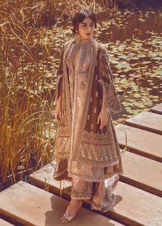 Gull-e-Zara - Pakistani dresses Pakistani Fashion Party Wear, Pakistani Wedding Outfits, Pakistani Couture, Pakistani Dress Design, Pakistani Wedding Dresses, Bollywood Fashion, Wedding Hijab, Dress Indian Style, Indian Outfits