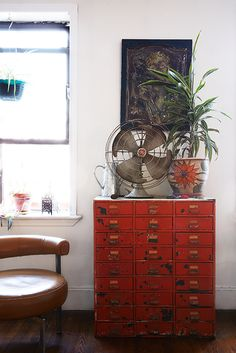 red metal cabinet, bkstyled, _N4A7093