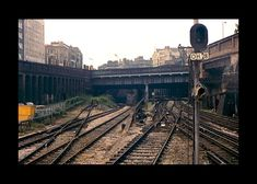 London Underground Train, London Underground Stations, Metropolitan Line, Abandoned Train Station, Model Railway Track Plans, British Rail, Make Way, Barbican, Hill Station