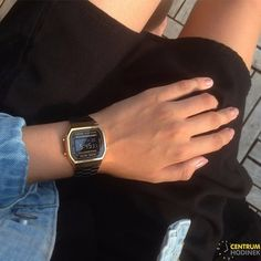 Fancy Watches, Retro Watches, Vintage Watches, Casio Vintage Watch, Casio Watch, Casio Digital, Digital Watch, Black And Gold Outfit, Black Gold
