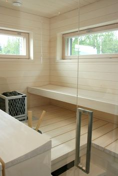 Nice shade of wood in a sauna! Wood Sauna, Laundry In Bathroom, My Ideal Home, House, House Bathroom, Interior, Home, Modern Saunas, Spa Rooms