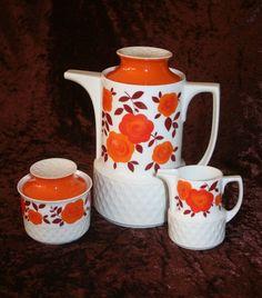 http://de.dawanda.com/product/53997783-70er-Kanne-3er-Set-Vintage-Schirnding