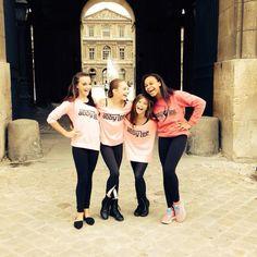 gorgeous girls in Paris ❤️