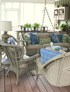 Kelly at Talk of the House always has the most beautiful seasonal decor. Her porch is my favorite and I love the blue and green color scheme she using this spring.