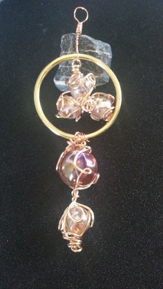 Diameter: Using Rose Gold, and Angel Glass Marbles, I created a beautiful suncatcher. The light streaming through is stunning, and angelic! Glass Marbles, Suncatchers, Belly Button Rings, My Etsy Shop, Drop Earrings, Trending Outfits, Unique Jewelry, Handmade Gifts, Vintage