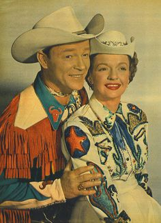 vintage everyday: 28 Amazing Vintage Photos Show the Sweet Love of Roy Rogers and Dale Evans in Their Marriage Years