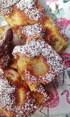Raparperi-valkosuklaapiirakka | Maku Blondies, French Toast, Candy, Baking, Eat, Breakfast, Desserts, Recipes, Food