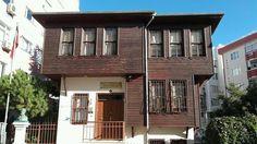 Namık Kemal Evi Tekirdağ Islamic Architecture, Historical Pictures, Antalya, Traditional House, Ottoman, Mansions, House Styles, Interior, Istanbul