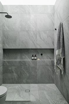 Amazing DIY Bathroom Ideas, Bathroom Style, Master Bathroom Remodel and Master Bathroom Projects to simply help inspire your master bathroom dreams and goals. Bathroom Design Luxury, Bathroom Layout, Modern Bathroom Design, Bathroom Ideas, Bathroom Organization, Modern Bathrooms, Small Bathrooms, Bathroom Storage, Grey Bathrooms Designs