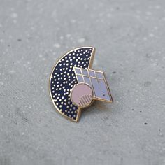 Pinform is a startup creating modern enamel pins. Modest Summer Fashion, Cool Pins, Pin And Patches, Minimalist Jewelry, Pin Badges, Lapel Pins, Brooch Pin, Jewelry Design, Bling