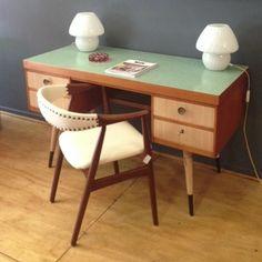 escritorio de madera, furniture, decada muebles vintage www.decada.com.mx