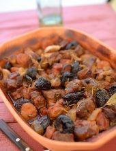 Garnek rzymski - sprawdzone przepisy - MniamMniam.pl Polish Recipes, Food Design, Bon Appetit, Beans, Food And Drink, Dishes, Chicken, Vegetables, Cooking