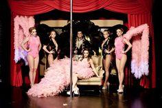 New Orleans Gentlemen's Club & Night Restaurant er nattklubben for herrer inspirert av Londons nattklubber av lignende art. Vår klubb i Warszawa er et eksklusivt sted som har hatt velfortjent ry og annerkjennelse i mange år. Dens uvanlige interiør, som er langt fra de moderne interiørene til klubber og restauranter, har blitt et slags visittkort og kjennetegn, som gjennkjennes i reklamer, filmer og photoshoot. http://www.neworleans.pl/
