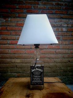 Jack daniel bottle lamp shade.. Lampu hias