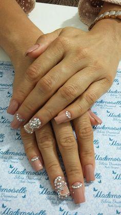 #nails #nailart #nailslove #meustrabalhos #Mademoiselleespaçodeunhas #Silviadrumond