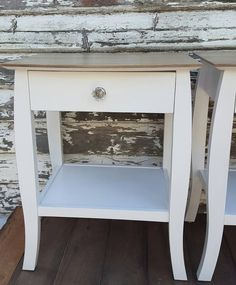 #sidetable #paintedtable #oldworldpaint #almondorchard Adriana at Rustic Boutique impresses us again!