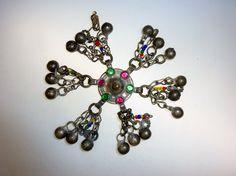 Tribal Button mit Glassteinen und von neemaheTribal auf Etsy