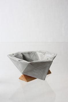 | Concrete bowl | Concrete design | Beton look | Product design | interior | www.eurocol.com