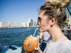 The best chill is by the DUBAI CREEK. Top Place, Dubai, Chill, Places, Lugares