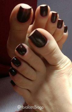 Stunning toes.