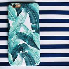"""Nothing says spring like this Palm Beach chic phone case from @minnieandemma """