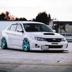 Subaru Turquoise Rims but for my cute white kia soul ;) haha! #Rvinyl: Pinning the #BestofStance & #SlammedWhips!