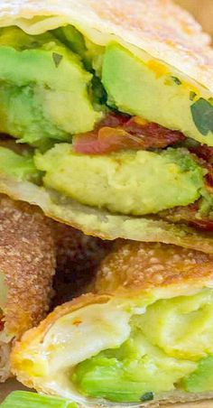 Cheesecake Factory Avocado Egg Rolls Copycat [Video] - Sweet and Savory Meals Avacado Appetizers, Appetizers For Kids, Appetizer Dips, Appetizers For Party, Appetizer Recipes, Snack Recipes, Cooking Recipes, Delicious Appetizers, Avocado Egg Rolls