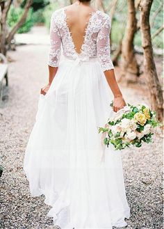 Shop discount Romantic Tulle & Silk-like Chiffon V-neck Neckline A-line Wedding Dress With Lace Appliques WDWD0922