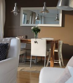 Dining area | Contrast dark and light tones | OTTAVA lights | Jonna-Janette's home in Finland | live from IKEA FAMILY