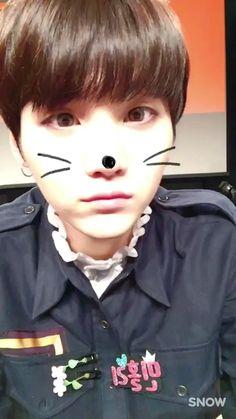 Bts suga cute video Why does he want to kill me Bts Suga, Fotos Do Suga Bts, Min Yoongi Bts, Bts Bangtan Boy, Foto Bts, Min Yoonji, Cute Gif, V Cute, Kpop