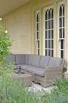 Garden Furniture 10 Year Guarantee modular rattan sofa set with waterproof cushions & a 10 year