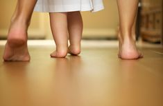 5 Signs Your Child Will Be Walking Soon