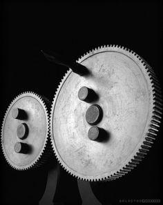 Hiroshi Sugimoto - Conceptual forms (Spu gears) 2004