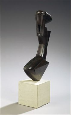 Joseph Csaky, Femme agenouillée, (1923)