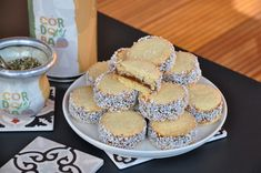 Alfajores de Maizena® sin gluten Tapas, Tiramisu, Muffin, Cooking, Breakfast, Ethnic Recipes, Inspiration, Food, Gluten Free Flour