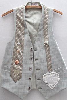 alteración del chaleco y corbata masculina  https://www.mexicoemprende.org.mx