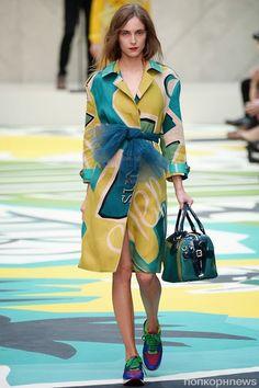 Модный показ новой коллекции Burberry Prorsum. Весна / лето 2015 - popcornnews