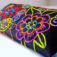 Marvelous Crewel Embroidery Long Short Soft Shading In Colors Ideas. Enchanting Crewel Embroidery Long Short Soft Shading In Colors Ideas. Mexican Embroidery, Silk Ribbon Embroidery, Crewel Embroidery, Cross Stitch Embroidery, Embroidery Designs, Embroidery Supplies, Art Du Fil, Embroidered Flowers, Handicraft