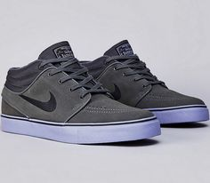 Included in the Nike Skateboarding February collection is this dark grey Janoski Mid that is planted on a purple sole. Suede and textile built, the kicks a Sock Shoes, Men's Shoes, Dress Shoes, Latex Fashion, Fashion Shoes, Mens Fashion, Crazy Shoes, Me Too Shoes, Nike Sb Janoski