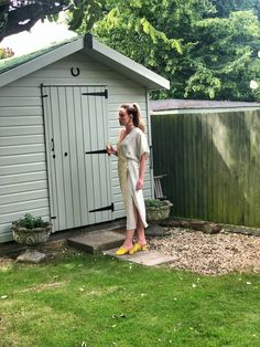 Summer dress, occasion dress, mint and yellow dress, yellow sandals, high ponytail, silver sculpted earrings, green shed