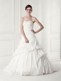 white,sweet,lovely,wedding dress,fashion dress