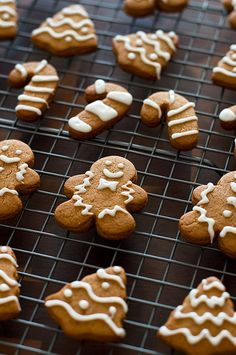 This perfect sweet and spicy Small-batch Gingerbread Cookie recipe will make 6 to 8 large cookies and about 2 dozen mini gingerbread cookies. From http://BakingMischief.com