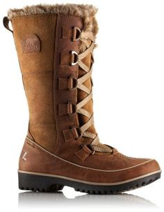 Premium waterproof leather with rose gold hardware lends this boot its unique style, while 100 grams of insulation, faux fur fleece lining and a removable EVA footbed ensure that feet stay warm, dry and comfy in cold winter conditions.