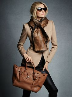 This Dabney blazer from @ralphlauren is the epitome of fall fashion. #paypalit