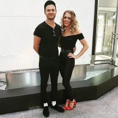 Couples College halloween costume ideas Easy College Halloween Costumes, Cute Couple Halloween Costumes, Popular Halloween Costumes, Unique Costumes, Costume Ideas, Halloween 2019, Teen Costumes, Woman Costumes, Pirate Costumes